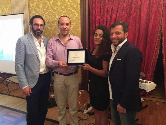 Premiazione dell'Avv. Antonio Pulcini all'evento del Forum Nazionale Anti Usura Bancaria.